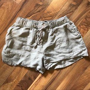 🍁5 for 13🍁 Valerie Bertinelli  Linen Shorts